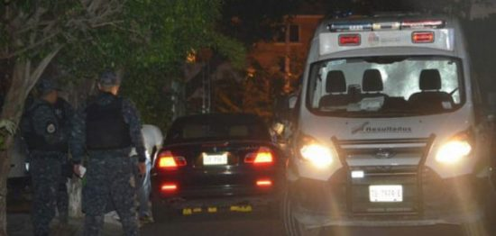 Murder scene in Cancun Thursday April 21. (PHOTO: lapalabradelcaribe.com)
