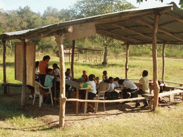 Rural School in Mexico (Photo: jorgelavallemaury.mx)