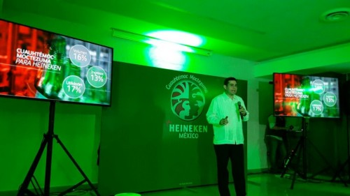 Heineken executives talked about their beer's consumption in Yucatan at a recent press conference in Merida. (PHOTO: yucatan.com.mx)