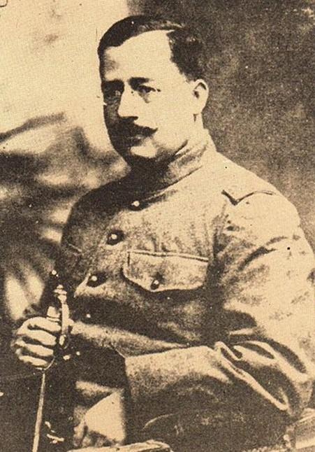 Salvador Alvarado (Photograph, 1917.  Archivo General de la Nación.)