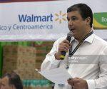 Guilherme Loureiro, chief executive officer of Wal-Mart de Mexico SAB, speaks during an event at a Bodega Aurrera store. (PHOTO: Susana Gonzalez/Bloomberg)