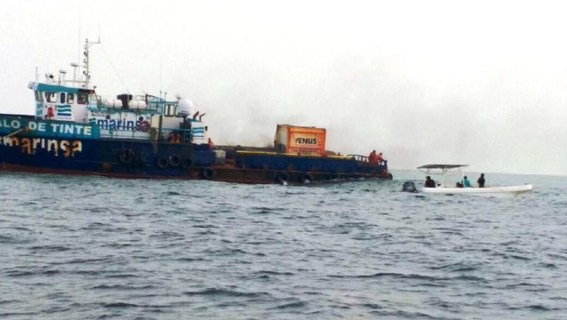 Palo de Tinte boat aground on coral reef in Alacranes (Photo: yucatan.com.mx)