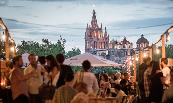 The San Miguel de Allende Food Festival is this celebrated colonial town's biggest annual festival, and the 2016 edition, July 15-17, will feature 20 national & international chefs, 5 musical groups, and more. (Photo: banderasnews)