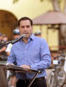 (PHOTO: yucatan.com.mx) Mayor Mauricio Vila Dosal speaking recently.