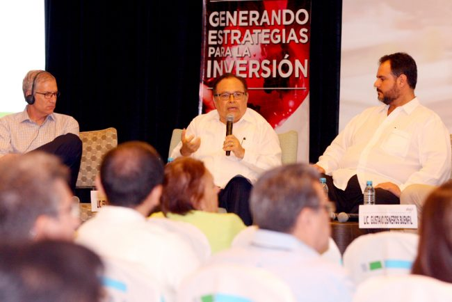 Officials discussed Yucatan's industrial growth at a conference in Merida this week. (PHOTO: courtesy SEFOE)
