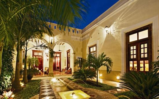 Casa Lecanda is a small luxury boutique hotel