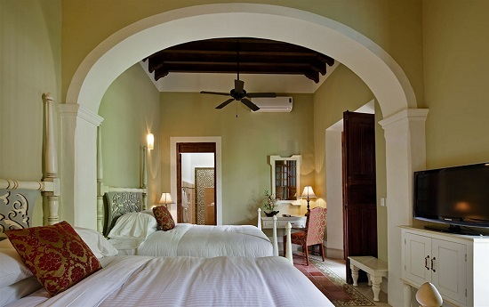 It was built in a completely restored traditional Yucatecan home