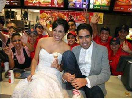 Mexican McDonalds Wedding (Google)
