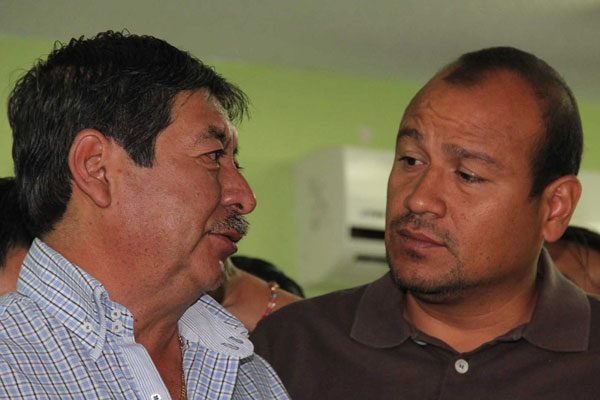Union leaders Núñez and Villalobos: behind bars. (Photo: Mexico News Daily)