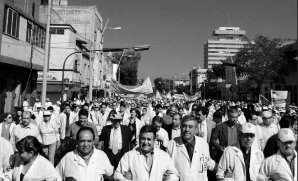 Doctors are protesting their working conditions in various Mexican cities. (PHOTO: hipertextual.com)