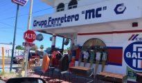 Mexican four-way stop. (PHOTO: Chuck Bolotin.)