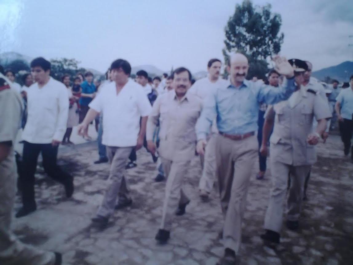 Governor Heladio with President Salinas de Gortari in Oaxaca 1988 (Google)