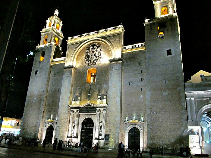Merida Cathedral.(PHOTO: mayan-yucatan-traveler.com)