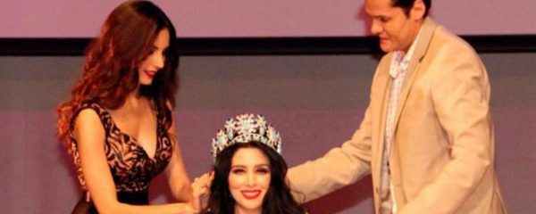 Hugo Ruben Castellanos (right) was murdered in Sinaloa after a pageant. (PHOTO: news.vice.com)