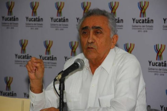 Carlos Pasos Novelo, auditor of Yucatan, says officials of at least 24 municipalities owe money for improper expenditures. (PHOTO: yucatanalamano.com)