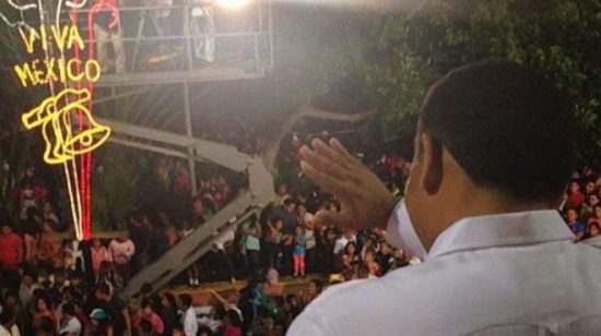 "Yucatan Gov. Rolando Zapata Bello gave the ""grito"" at last year's celebration. (PHOTO: unionyucatan.com)"