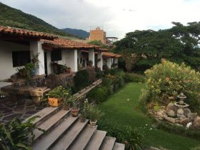 Home in Jocotepec. (PHOTO: Chuck Bolotin)