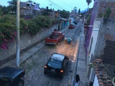 Street in Ajijic bird's eye view (Photo: Chuck Bolotin)