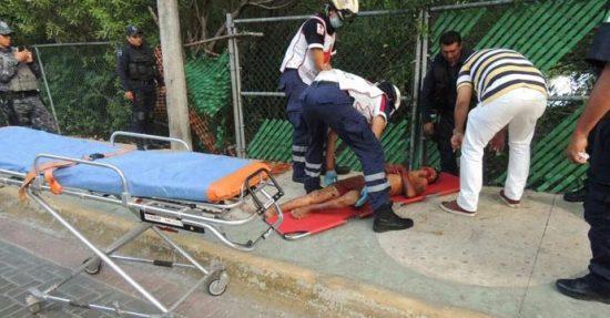 Croc attack vicim was aided by paramedics. (PHOTO: riviera-maya-news.com)