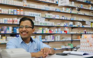 A Mexican pharmacy. (PHOTO: Cronkite News - Arizona PBS)