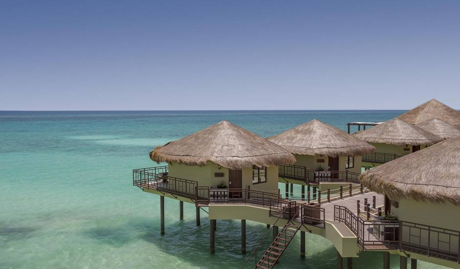 Mexico S First Over Water Bungalows Open In Playa Del