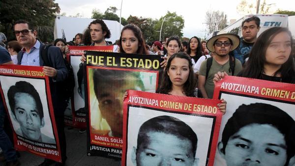 Hundreds protested last week in Guadalajara against student 'disappearances'. (PHOTO: europeanpressphoto.com)