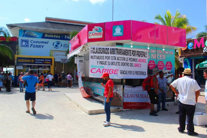 Barcos Caribe kiosk was closed by federal authorities. (PHOTO: sipse.com)