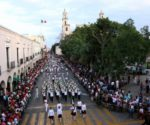 Merida's Revolution Day parade. (PHOTO: sipse.com)
