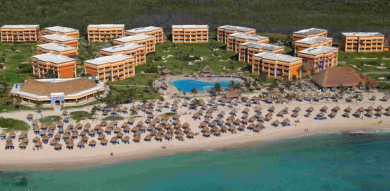 A fire prompted temporary evacuation of the Grand Bahia Principe Hotel in Tulum last weekend. (PHOTO: forbes.com)