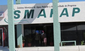 Electricity for Progreso's water company offices has been cut off. (PHOTO: Diario de Yucatan)