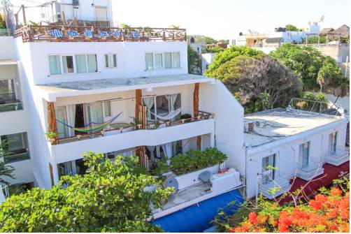 Apartments in Playa del Carmen. (PHOTO: Blue Pearl Apartments)