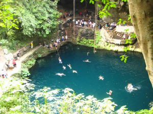 Cenote Zaci, Valladolid.(PHOTO: enyucatan.com)