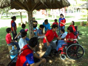 Centro de Desarrollo Integral Enséñame a Caminar por la Vida (ENCAVI)