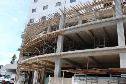 Many new hotels are under construction along the Riviera Maya in Quintana Roo. (PHOTO: Quintana Roo al Dia)