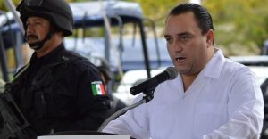 Former Quintana Roo Governor Roberto Borge at a press conference during his mandate (Photo: Animal Político)