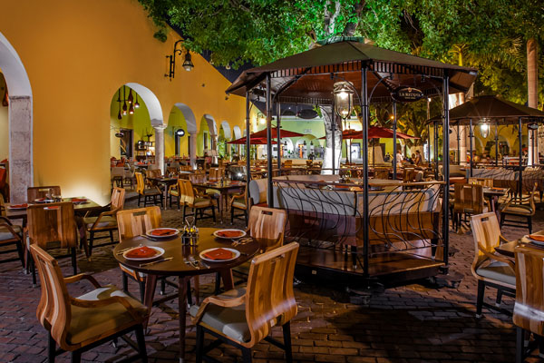 Restaurants at Santa Lucía Park (Photo: Google)