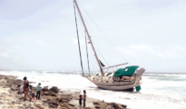 Abandoned sailboat on Cozumel. PHOTO: La Verdad