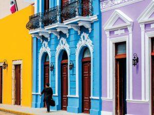 Calle 59 in Merida. (PHOTO: Condé Nast Traveler/Matthieu Salvaing)