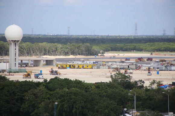 Construction site at Cancun Airport. Photo: SIPSE