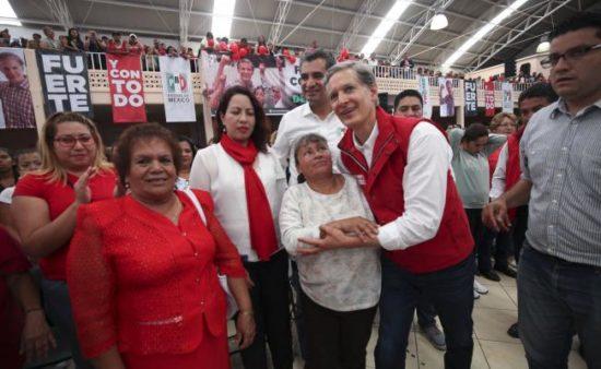 Alfredo del Mazo Maza, of a PRI-led coalition, won governor's race in Edomex. PHOTO: Equilibrio Informativo