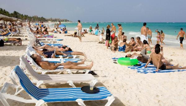 Tourists at Riviera Maya Photo: Posta