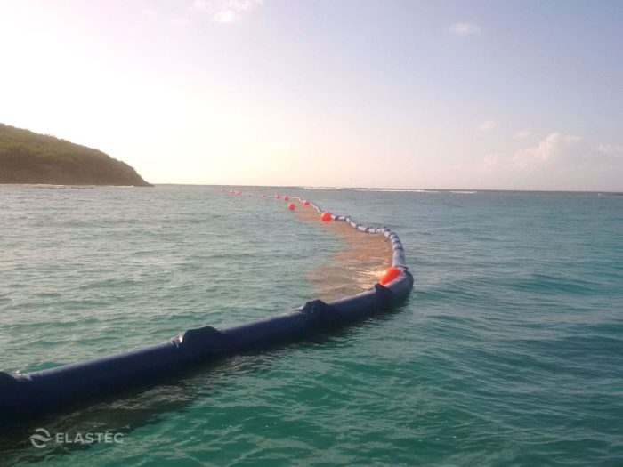 Innovative system to control the arrival of sargassum to the