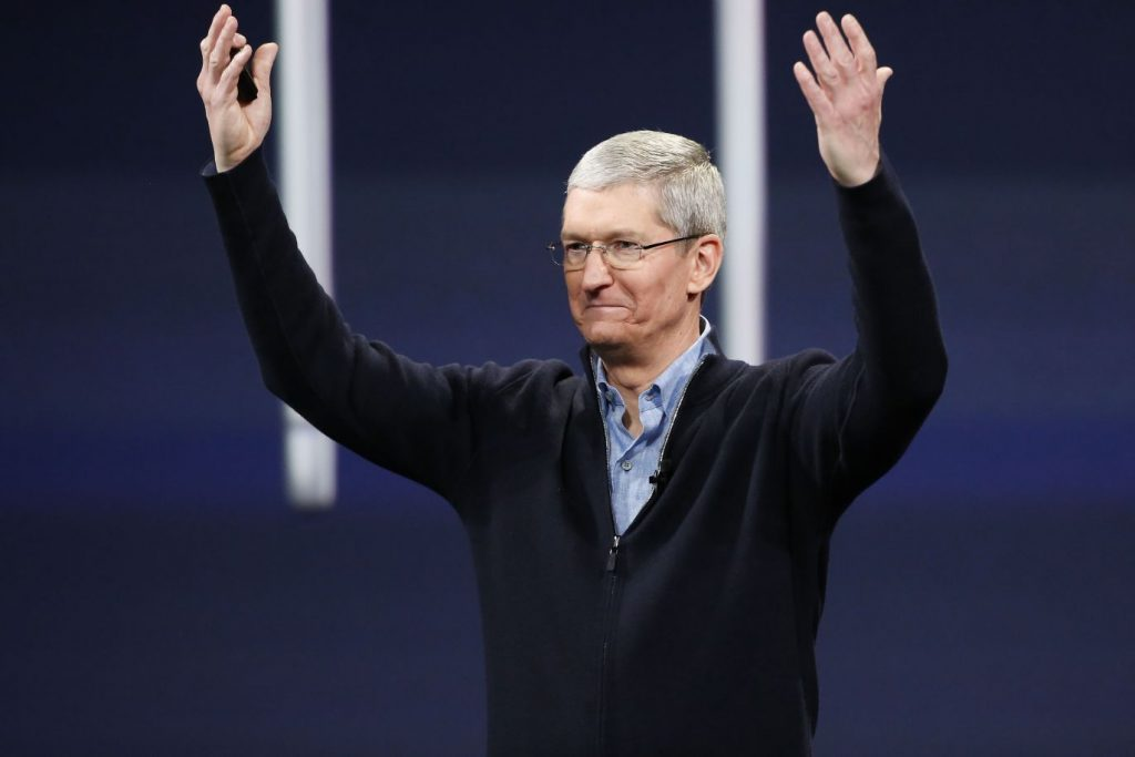 This image has an empty alt attribute; its file name is Tim-Cook-apple-1-1024x683-1.jpg